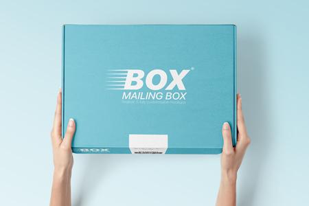 Card Mailing Box Mockup